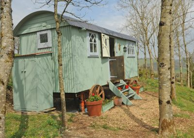 Roundhill-French-hut-1a_edited-1
