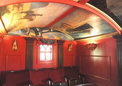 Cinema hut