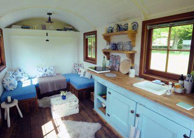 Hampshire shepherd hut Roundhill 22