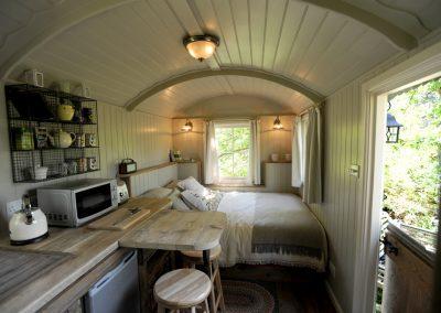 Heathland-shepherd-hut-11