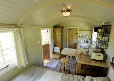 Heathland-shepherd-hut-12