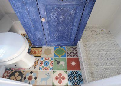 Roundhill Shepherd huts Compton 8 Moroccan tile detail