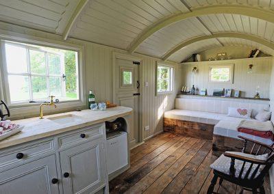 Roundhill downland hut 11