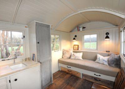 Scandinavian-hut