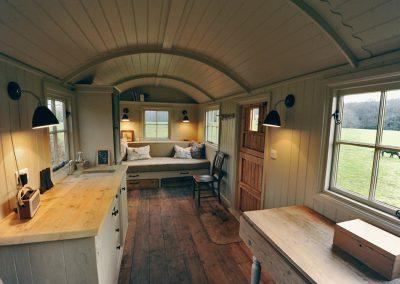 Scandinavian-shepherd-hut-4