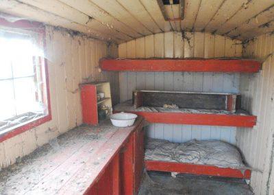 Shepherd hut restoration 10