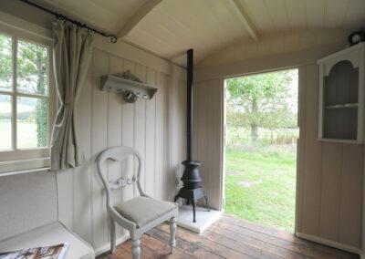 Shepherd hut restoration 8