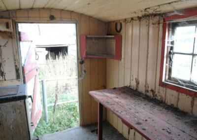 Shepherd hut restoration 9