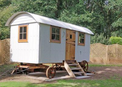 Sussex garden hut1