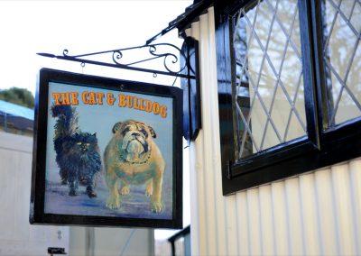 cat-bulldog-pub